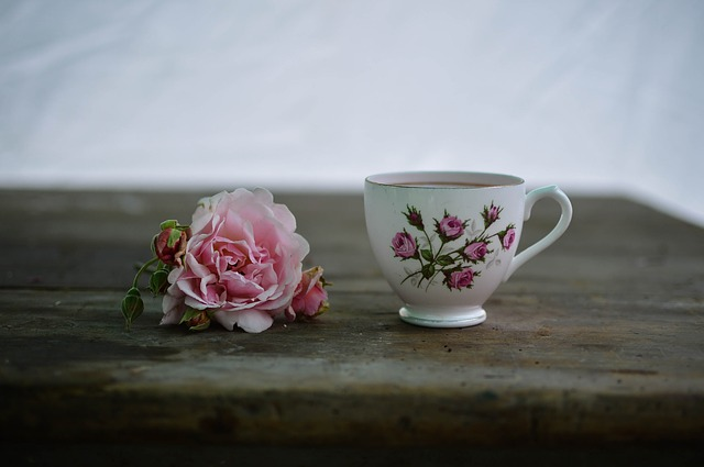 tea cup with flower