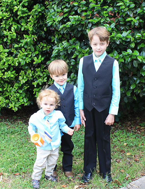 spring-wedding-little-boys